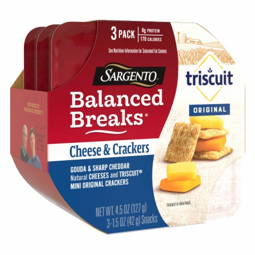 Sargento® Balanced Breaks® Gouda and Sharp Cheddar Cheese with Mini Triscuit Crackers Perspective: right