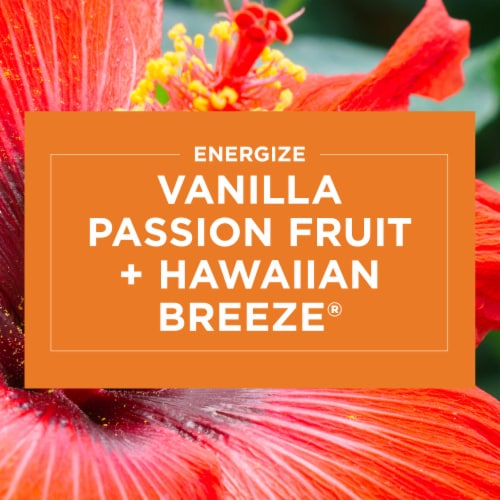 Glade 2-in-1 Hawaiian Breeze & Vanilla Passion Fruit Candles Perspective: right