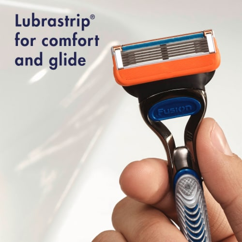 Gillette Fusion5 Razor and Cartridges Perspective: right
