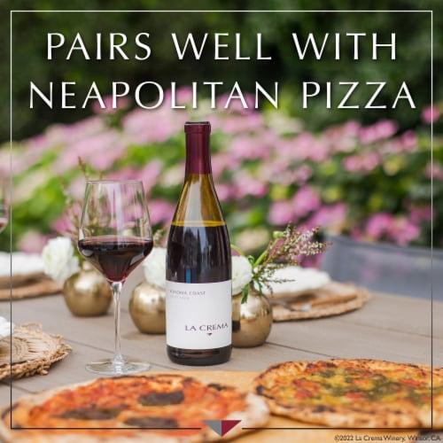 La Crema Sonoma Coast Pinot Noir Red Wine Perspective: right