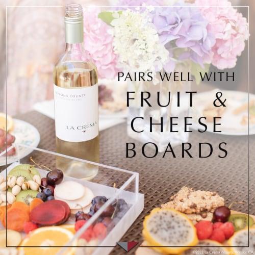 La Crema Sonoma County Sauvignon Blanc White Wine Perspective: right