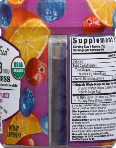 MegaFood Organic D3 Wellness Mixed Fruit Gummies 1000 IU Perspective: right