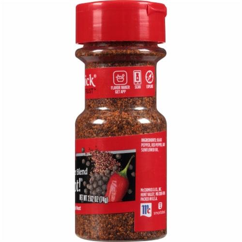 McCormick Hot Shot Black & Red Pepper Blend Shaker Perspective: right