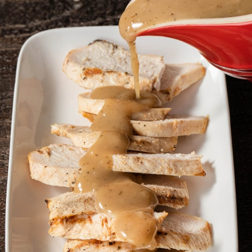 McCormick Poultry Seasoning Perspective: right