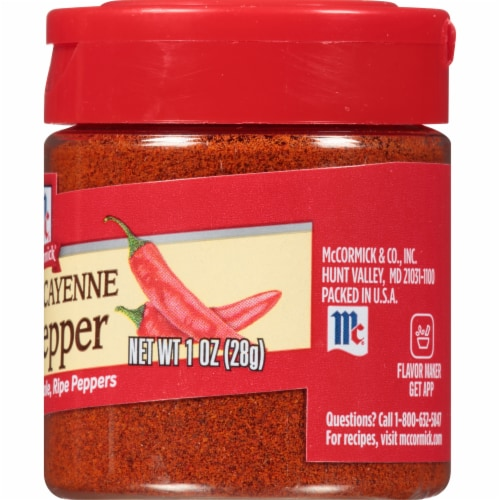 McCormick Ground Cayenne Red Pepper Shaker Perspective: right