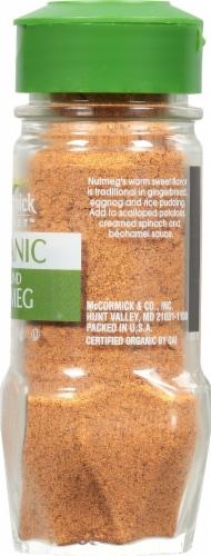 McCormick Gourmet Organic Ground Nutmeg Shaker Perspective: right