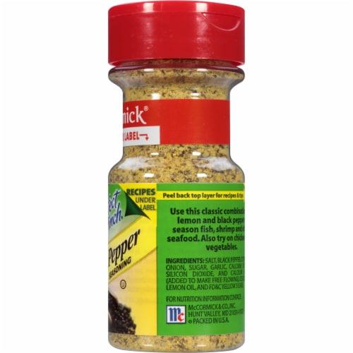 McCormick Perfect Pinch Lemon & Pepper Seasoning Shaker Perspective: right