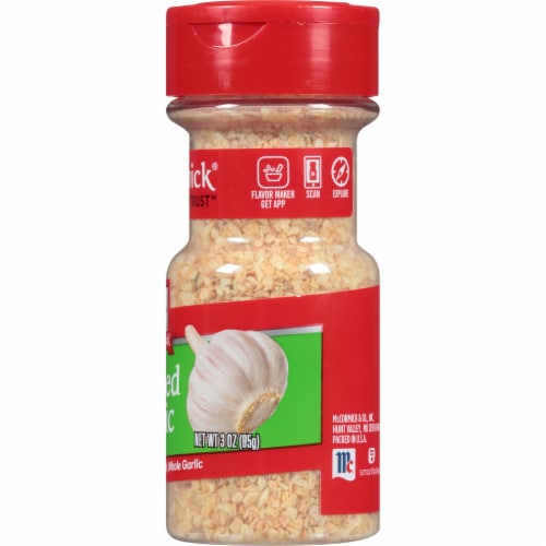 McCormick Minced Garlic Shaker Perspective: right