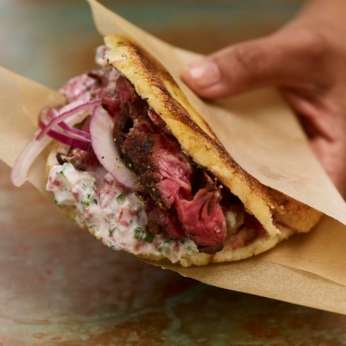 McCormick Perfect Pinch Lemon & Pepper Seasoning Shaker Perspective: right