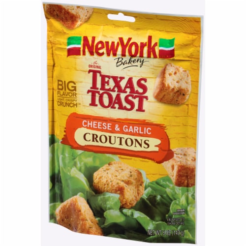 New York Bakery Texas Toast Cheese & Garlic Croutons Perspective: right
