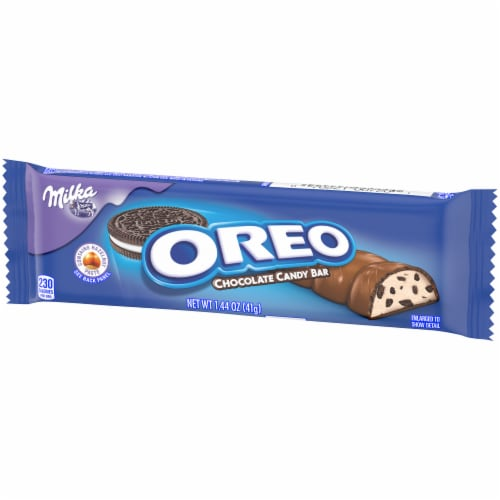 Oreo Milka Chocolate Candy Bar Perspective: right