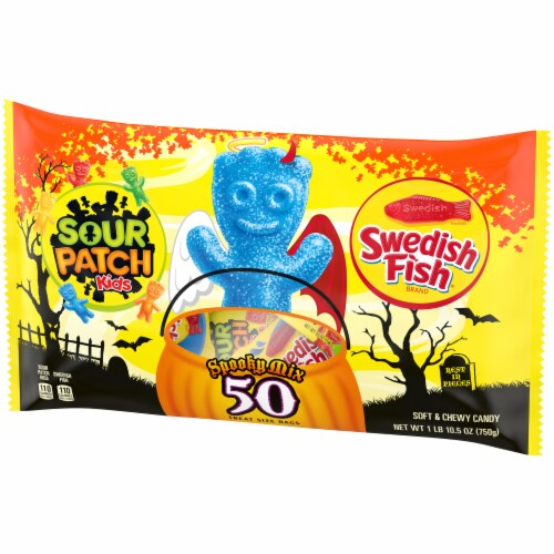 Sour Patch Kids & Swedish Fish Spooky Mix Treat Size Bags Perspective: right