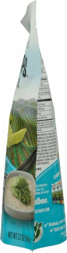 Harvest Snaps Wasabi Ranch Green Pea Snack Crisps Perspective: right