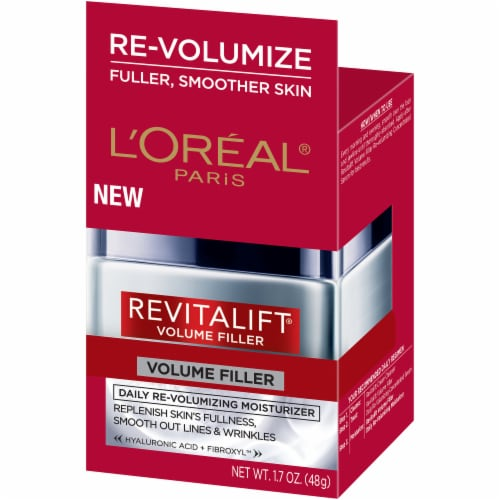L'Oreal Paris RevitaLift Volume Filler Moisturizer Cream Perspective: right