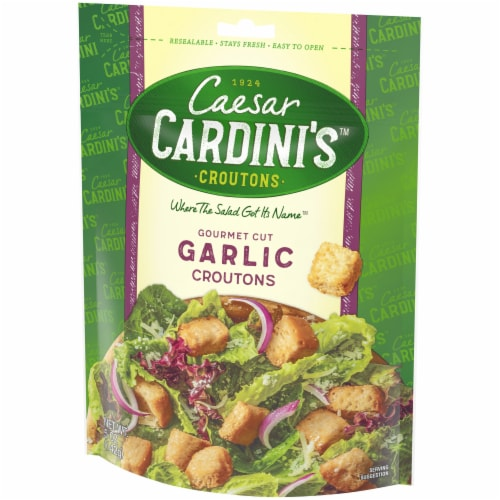 Cardini's Gourmet Cut Garlic Croutons Perspective: right