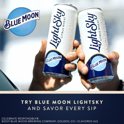 Blue Moon Belgian White Wheat Ale Beer Perspective: right