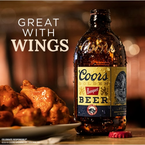 Coors Banquet Lager Beer 20 Bottles Perspective: right