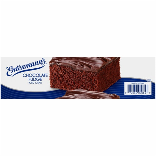 Entenmann's Chocolate Fudge Iced Cake Perspective: right