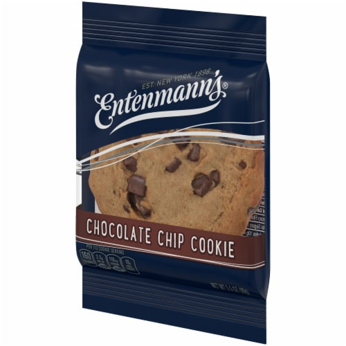 Entenmann's Chocolate Chip Cookie Perspective: right