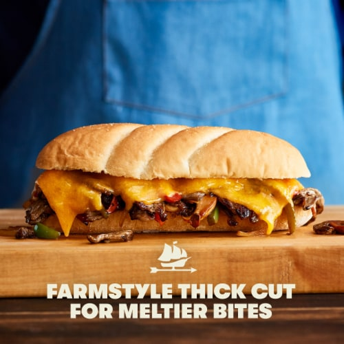 Tillamook Farmstyle Thick Cut Medium Cheddar Thick Cheese Slices 24 Count Perspective: right