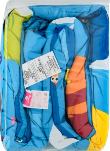 Pinkfong Baby Shark Comforter Perspective: right