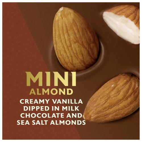 Magnum Mini Almond Ice Cream Bars Perspective: right