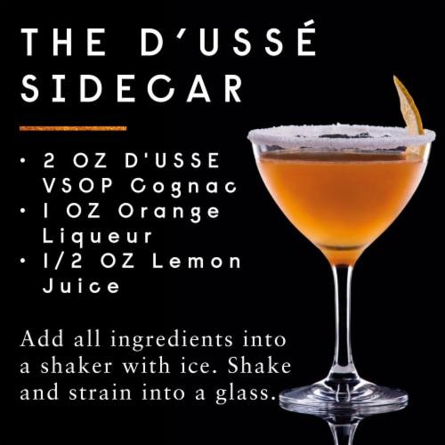 D'usse VSOP Cognac Perspective: right