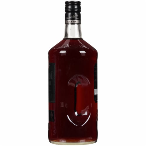Bacardi Black Rum Perspective: right