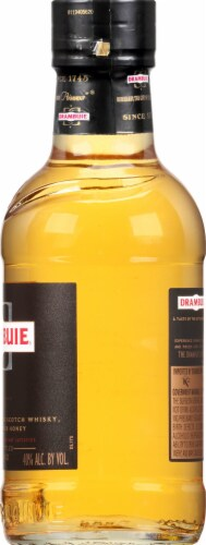 Drambuie Cordial Perspective: right