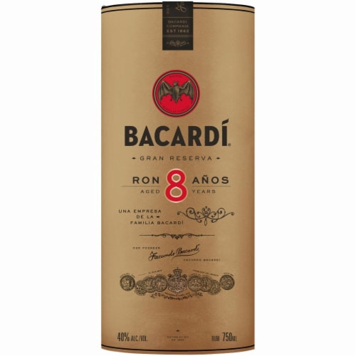 Bacardi Aged 8 Years Rum Perspective: right