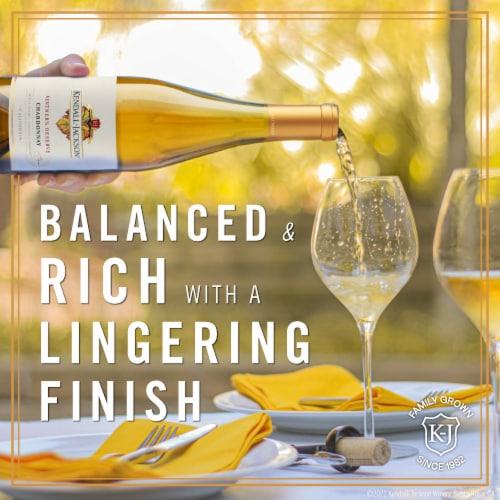 Kendall-Jackson Vintner's Reserve Chardonnay White Wine Perspective: right