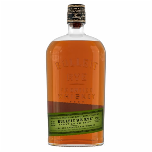 Bulleit 95 Rye Small Batch Straight American Rye Whiskey Perspective: right