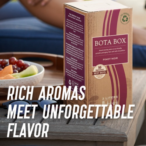 Bota Box Pinot Noir Red Wine Perspective: right
