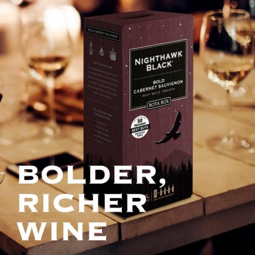 Bota Box Nighthawk Black Cabernet Sauvignon Red Wine Perspective: right