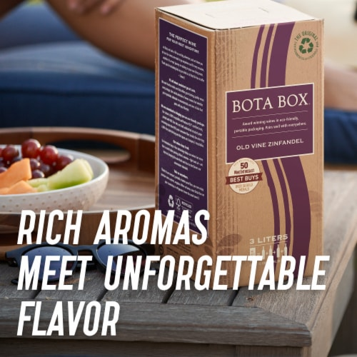 Bota Box Zinfandel Red Wine Perspective: right