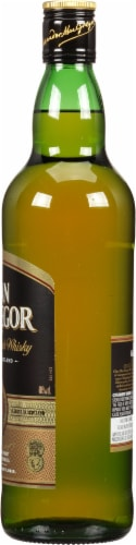 Clan MacGregor Blended Scotch Whisky Perspective: right