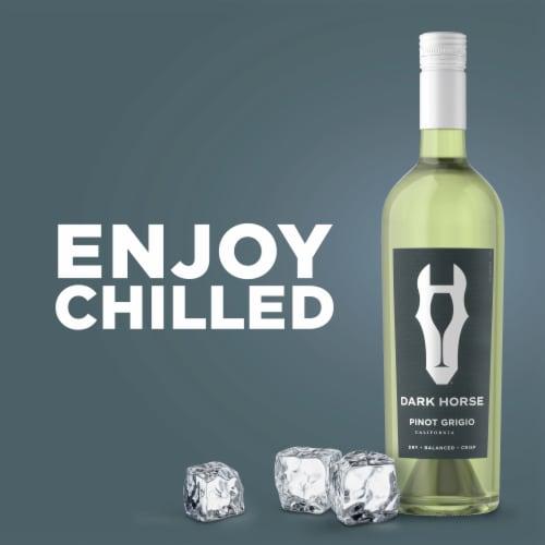 Dark Horse Pinot Grigio White Wine Perspective: right