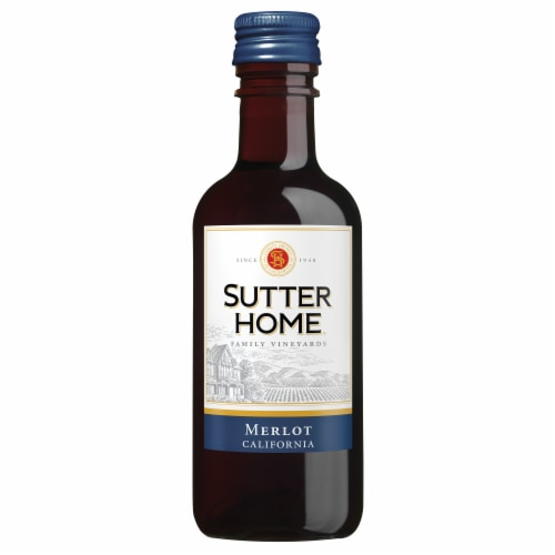 Sutter Home® Merlot Red Wine Perspective: right
