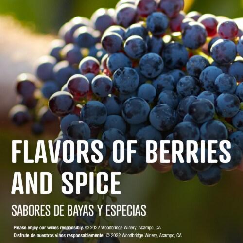 Woodbridge by Robert Mondavi Bourbon Barrel Aged Red Blend Wine Perspective: right
