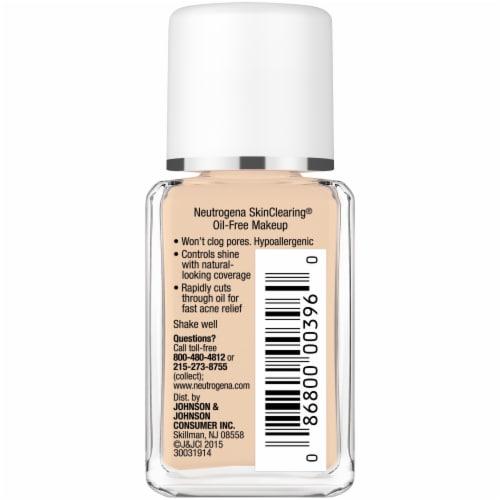 Neutrogena SkinClearing Buff Liquid Makeup Perspective: right