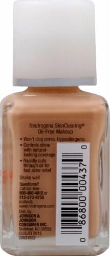 Neutrogena SkinClearing 80 Medium Beige Oil-Free Makeup Perspective: right