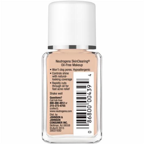 Neutrogena SkinClearing Natural Tan Liquid Makeup Perspective: right