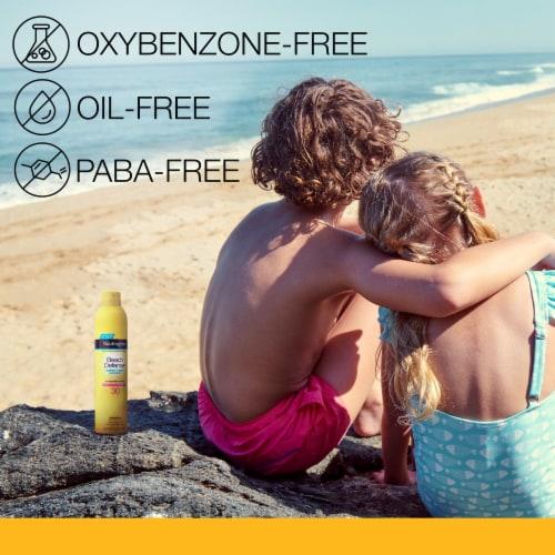 Neutrogena Beach Defense SPF 30 Sunscreen Spray Perspective: right