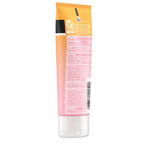 Neutrogena Invisible Daily Defense Lotion SPF 60+ Perspective: right