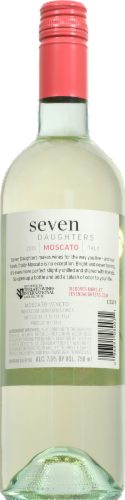 Seven Daughters Moscato Perspective: right