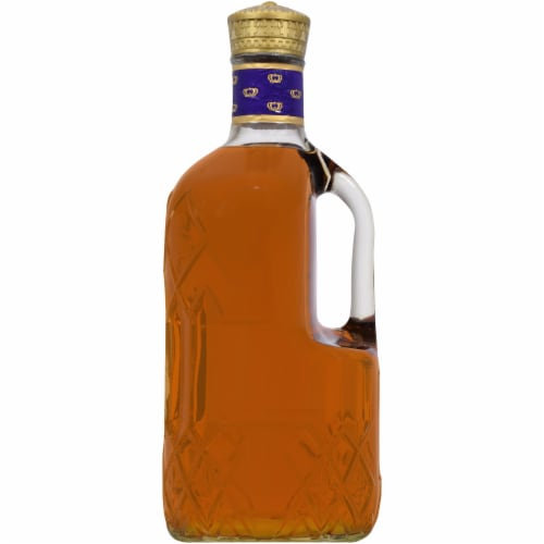 Crown Royal Blended Canadian Whisky Perspective: right