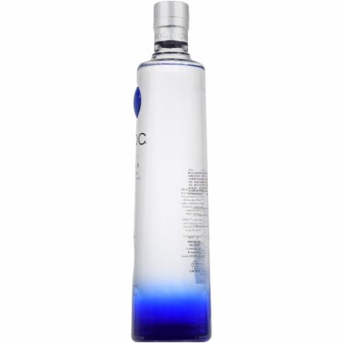 CIROC Ultra-Premium Vodka Perspective: right