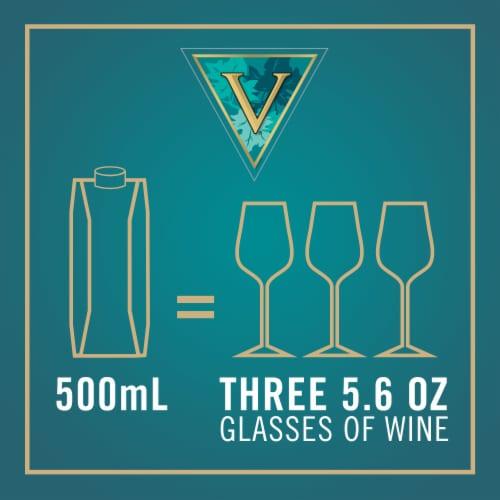 Vendange Pinot Grigio White Wine Perspective: right