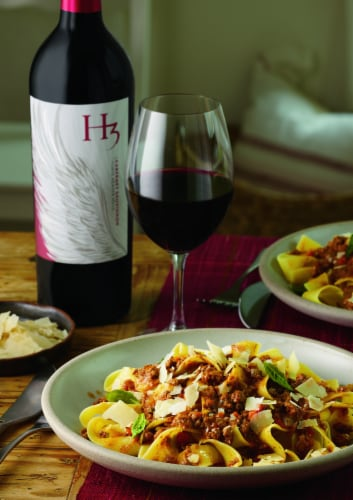 Columbia Crest H3 Cabernet Sauvignon Red Wine Perspective: right