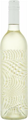 Altered Dimension Sauvignon Blanc Perspective: right